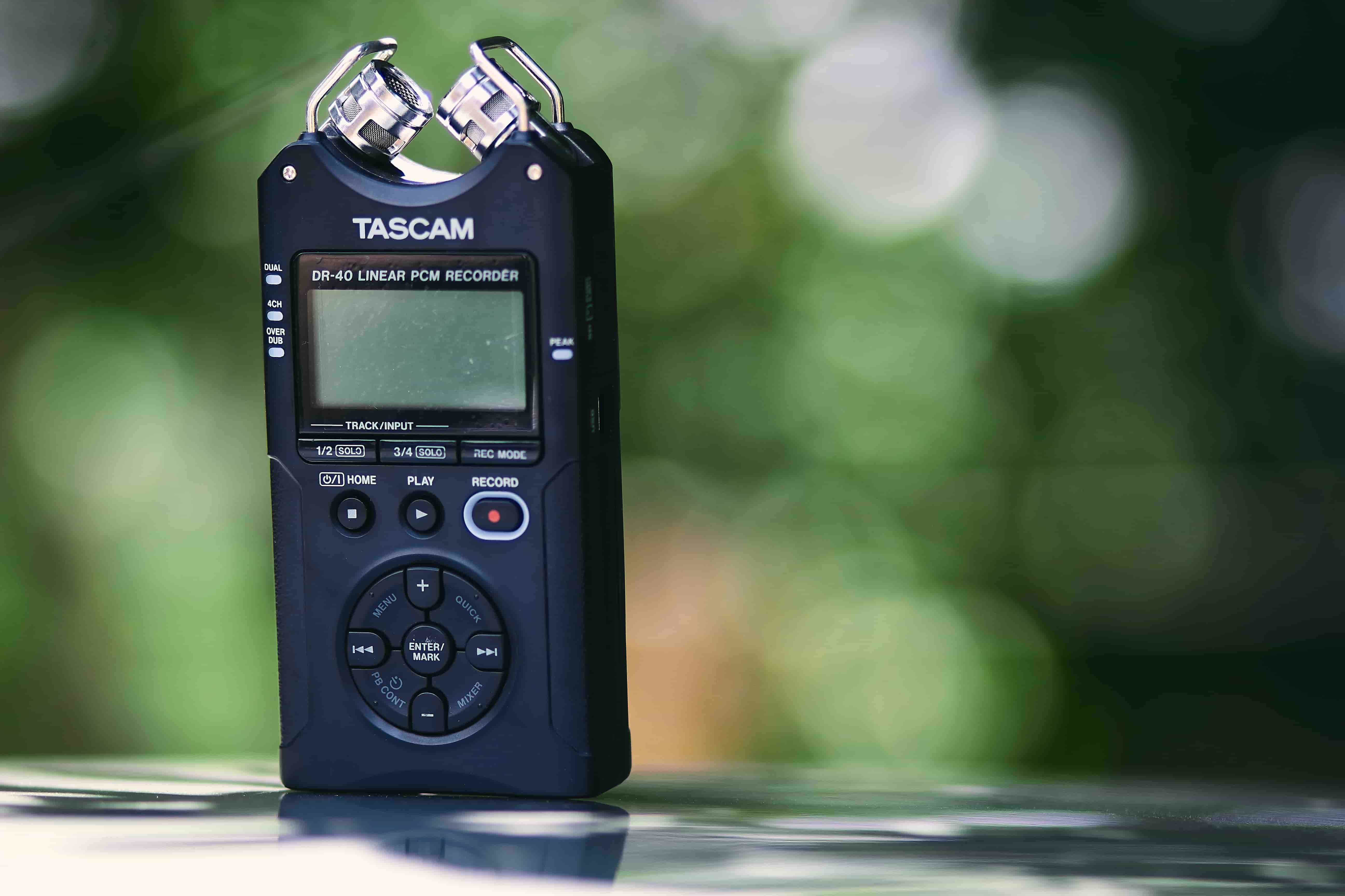 Should journalists use voice recorders for interviews